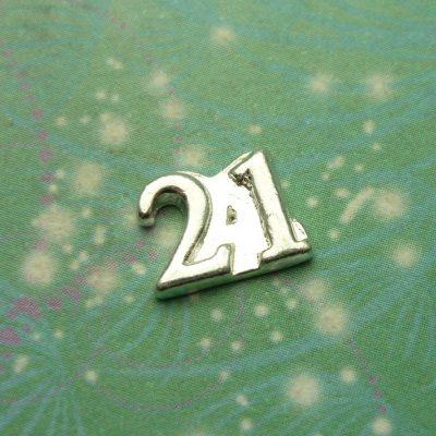 21-number-charm-medium