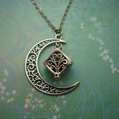 Moon Aromatherapy Necklace