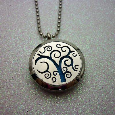 swirly-tree-aromatherapy-locket-1