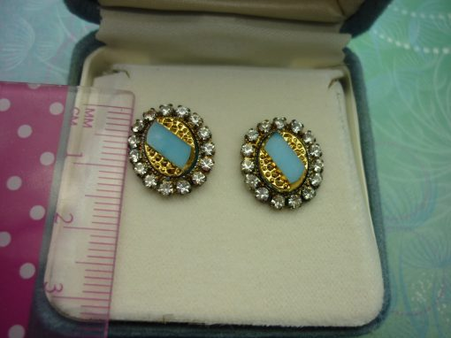 Vintage Crystal Earrings -