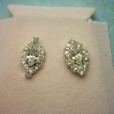 Vintage Crystal Earrings - Sparkling