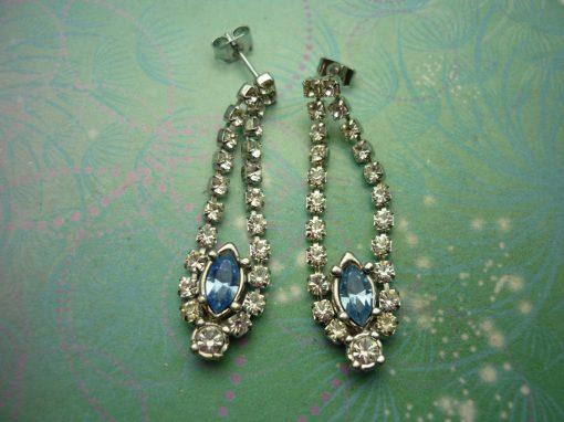 Vintage Crystal Silver Earrings - Blue