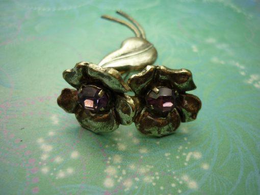 Vintage Elegance Flower Brooch - Vintage Brooch - Purple Jewels - Unique Gift - Mothers Day Gift - Flower Brooch