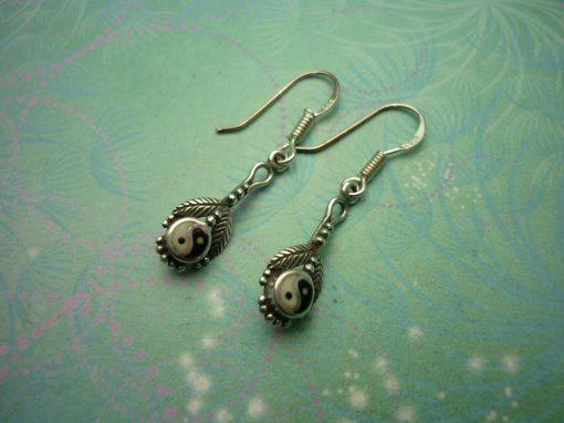 Vintage Sterling Silver Earrings - Black Onyx - 925 Hallmarked - Style 40