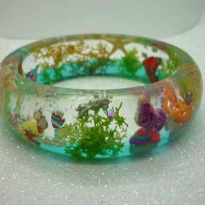coral reef bangle – gift for her, handmade resin bangle, ocean bangle, pink, yellow, blue and green, fish, coral and treasure